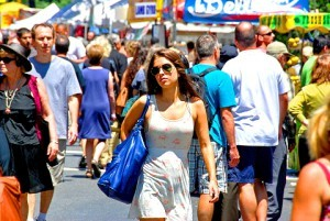 femme-draguer-dans-la-rue