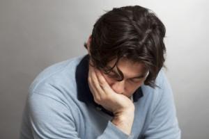 homme-seul-triste