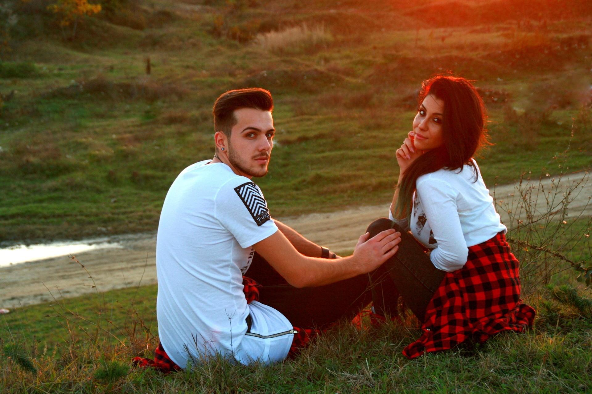couple-friendzone