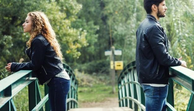 Ce qu'il faut faire si vous sortez avec le béguin de votre ami