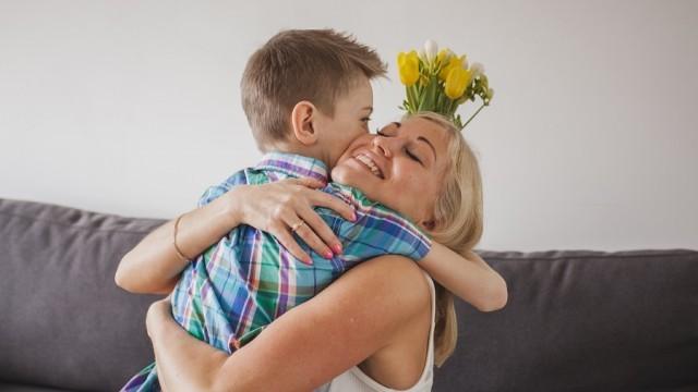 rencontre une mère célibataire à 25