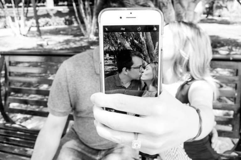 homme-femme-selfie