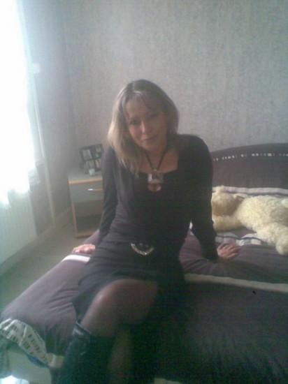 rencontre une femme mûre dans à besançon)