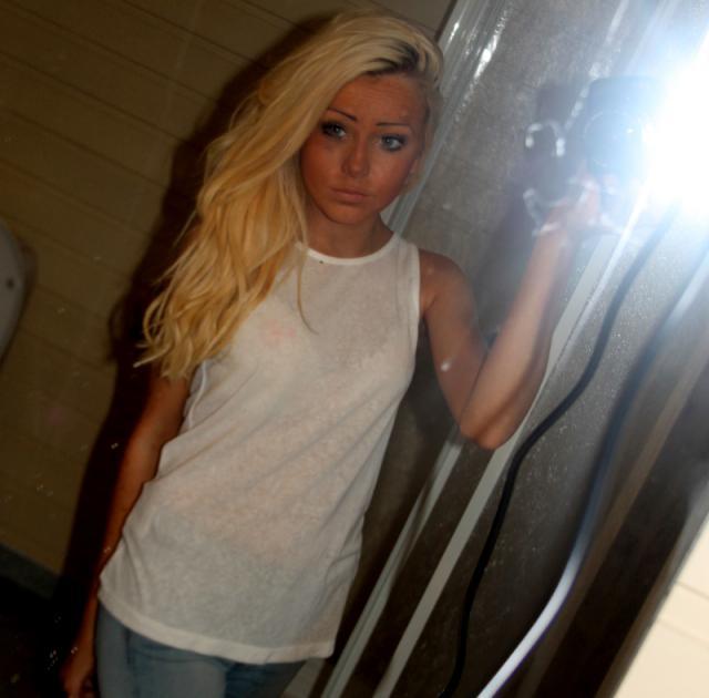 Ashley62