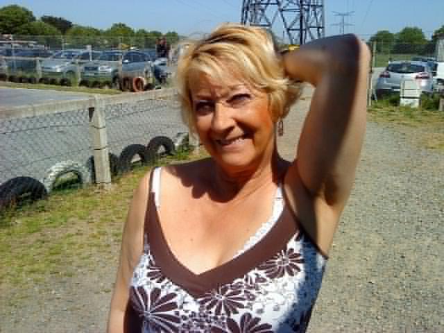 Cougar Sexy De Grenoble Cherche Webcam Sympa