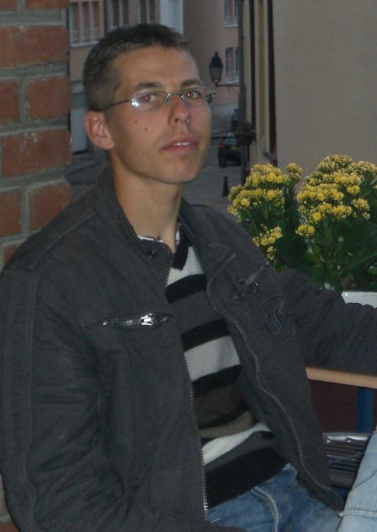 Nicolass26
