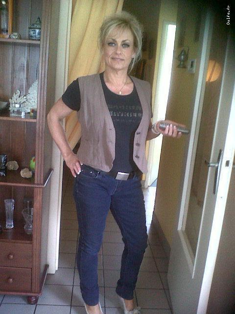 Jeanne, Femme Mure Vicieuse, Nice, Cherche Jeune Homme Endurant