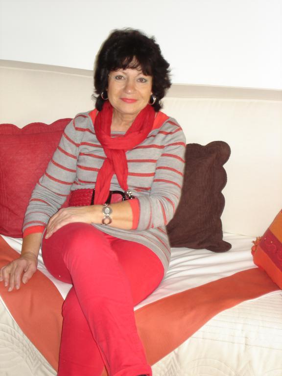 Femeie de intalnire Andrezieux Boutheon