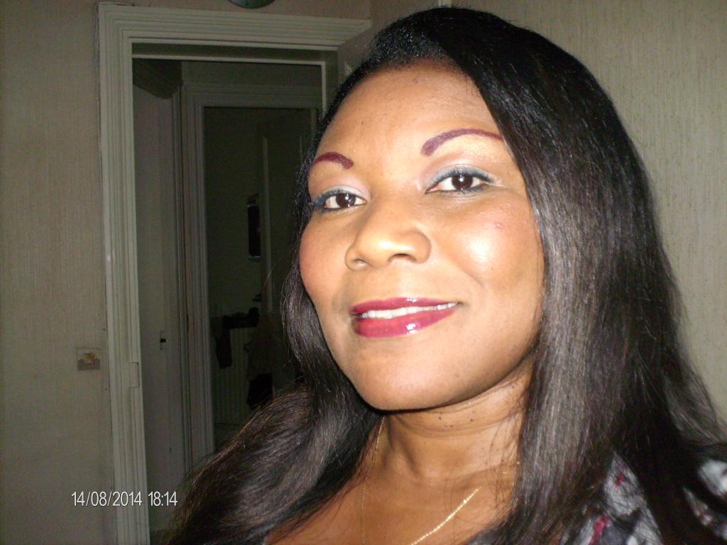 Femme 50 ans celibataire [PUNIQRANDLINE-(au-dating-names.txt) 38