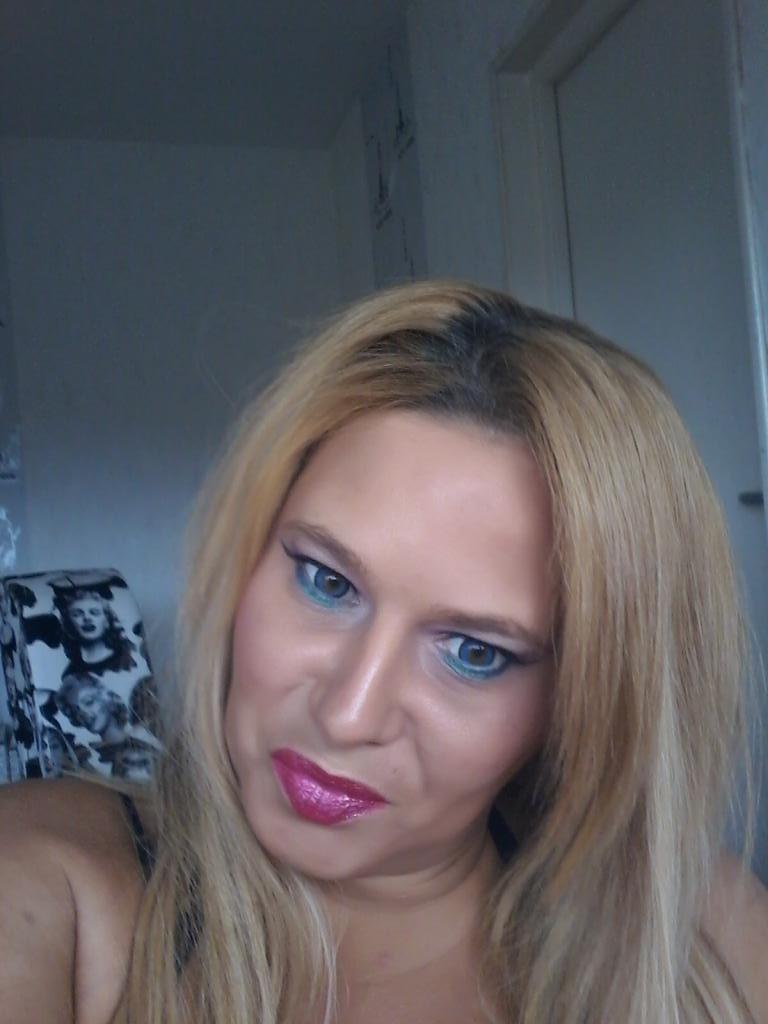Profil de letty42 40 ans rencontre loire 42 une femme