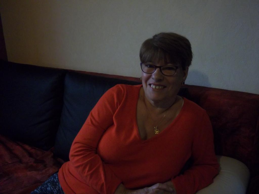 Recherche profils Rencontre Une Vieille Cougar dans l' Yonne