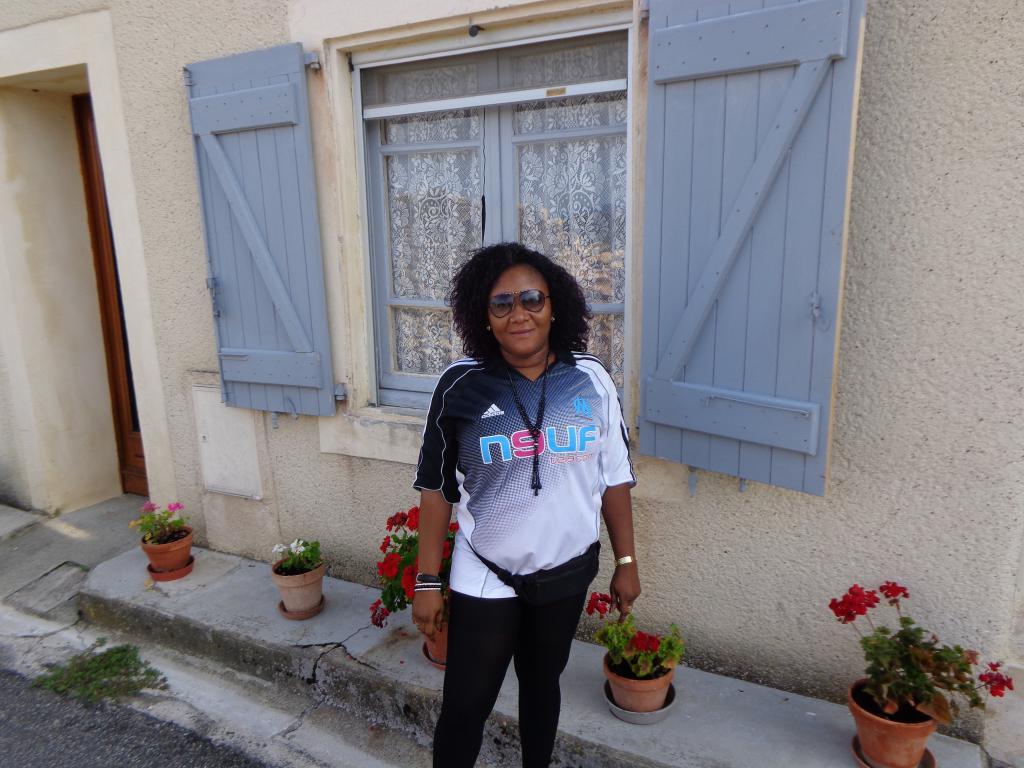 rencontre gay roissy en france à Saint Denis