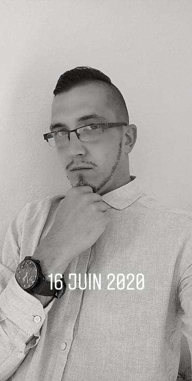 Julien689