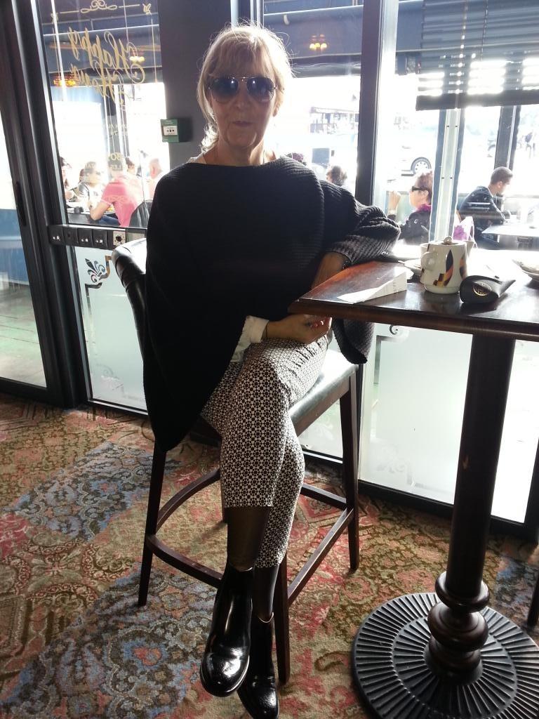 Paula83