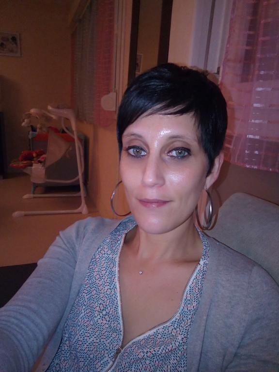 recherche modele tatouage pour femme