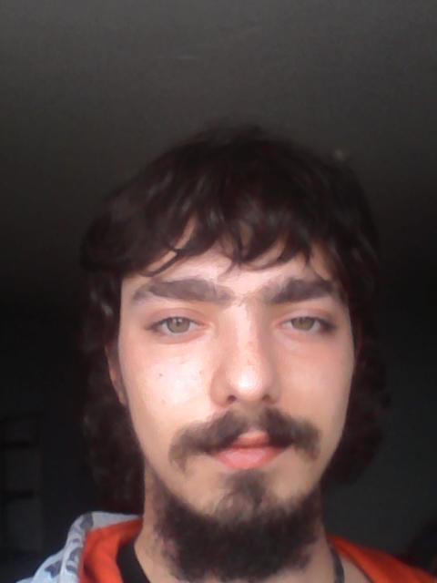 21 ans Guy datant de 27 ans femme en ligne datant drapeaux rouges textos