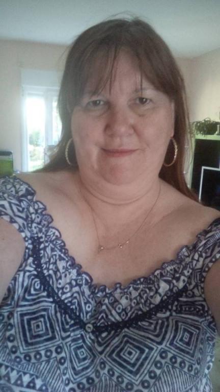 Cauta? i femeie in Combs- La- Ville