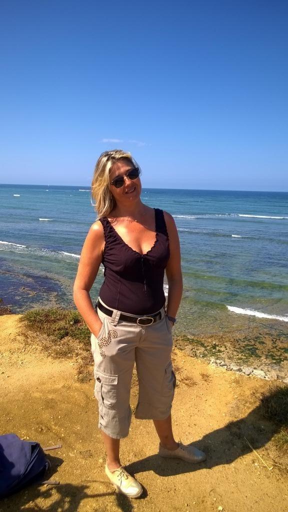 Cherche femme seul 57360 pour faire relation ages 64 ou66ans [PUNIQRANDLINE-(au-dating-names.txt) 65