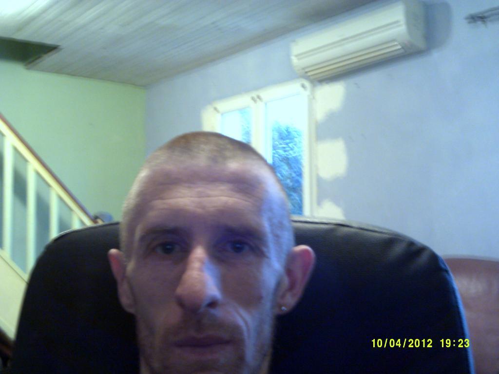 leo2005