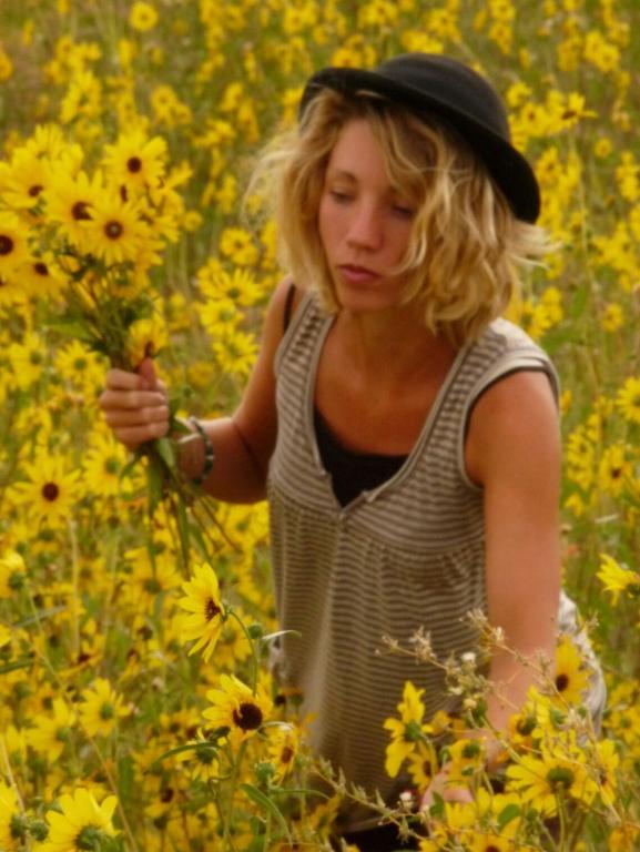 recherche femme apicultrice)