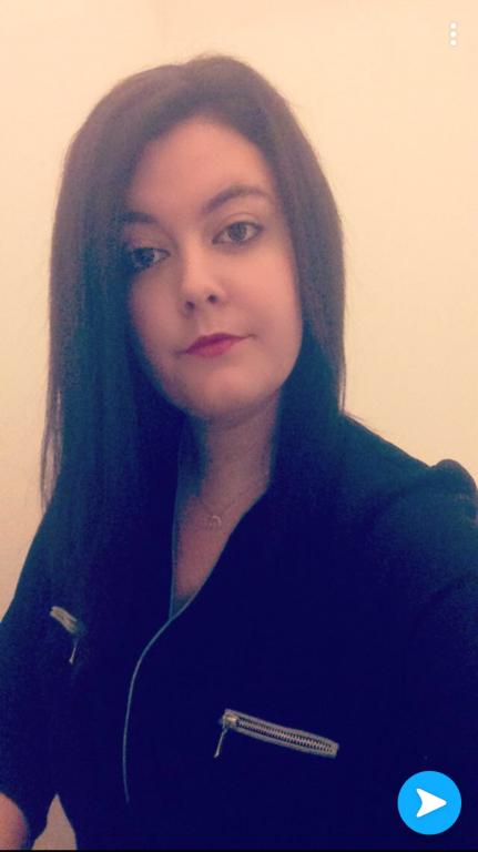 Laura-50