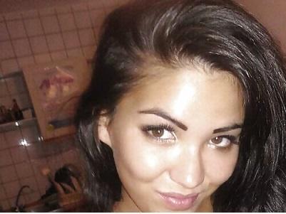 brunette788